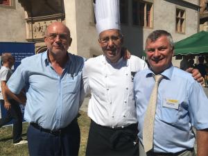 Gilbert Scholly, Hubert Maetz et Gérard Staedel avec les alsaciens du monde à Andlau